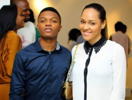 Wizkid-and-Girlfriend-Tani 411vibes Soldiers order Wizkid to frog jump in Lagos