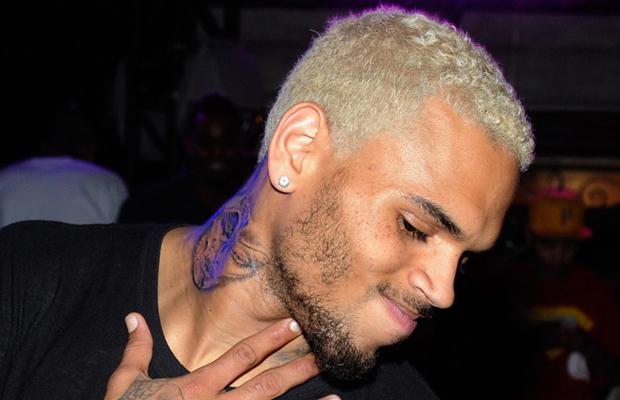 Chris Brown mocks 411vibes