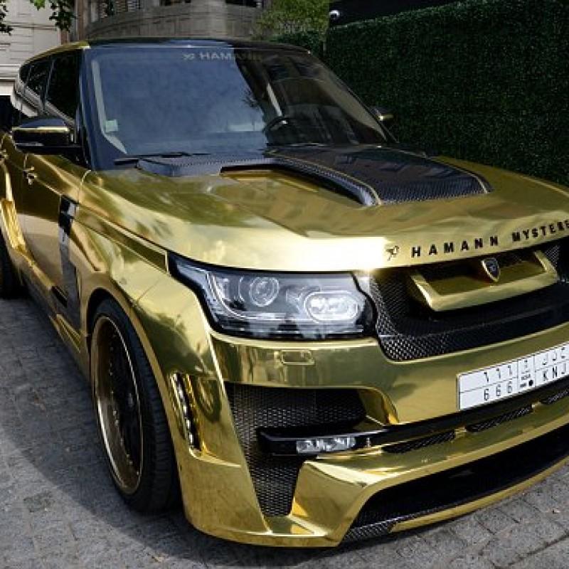 9_Gold_Range_Rover_A_London