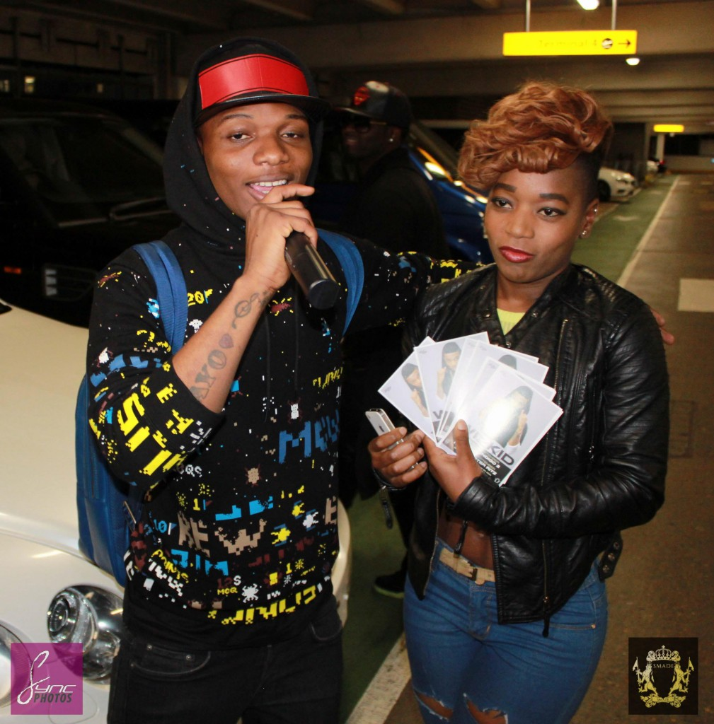 IMG_1121-Wizkid-Heathrow_SMADE_Sync-MEDIA-HOUSE_24Sep14-1009x1024