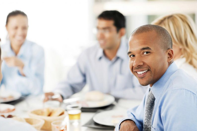 Man-at-Lunch-With-Colleagues-The-Trent-e1392734035688-795x529