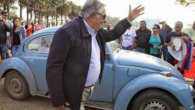Mujicas-car