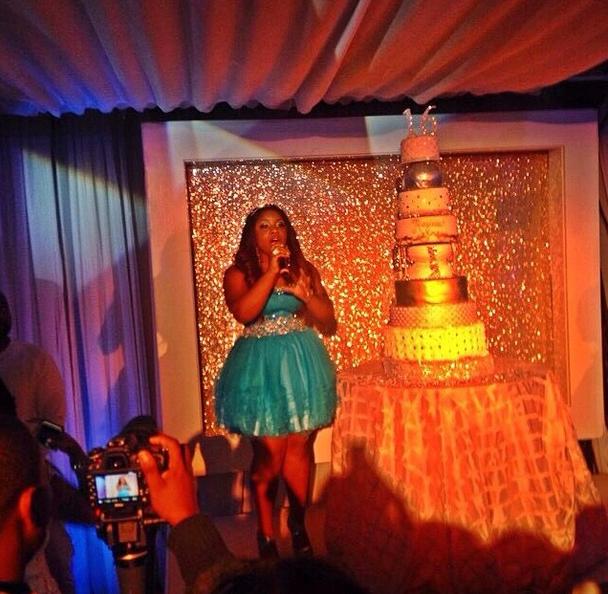 reginae-carter-bday-cake