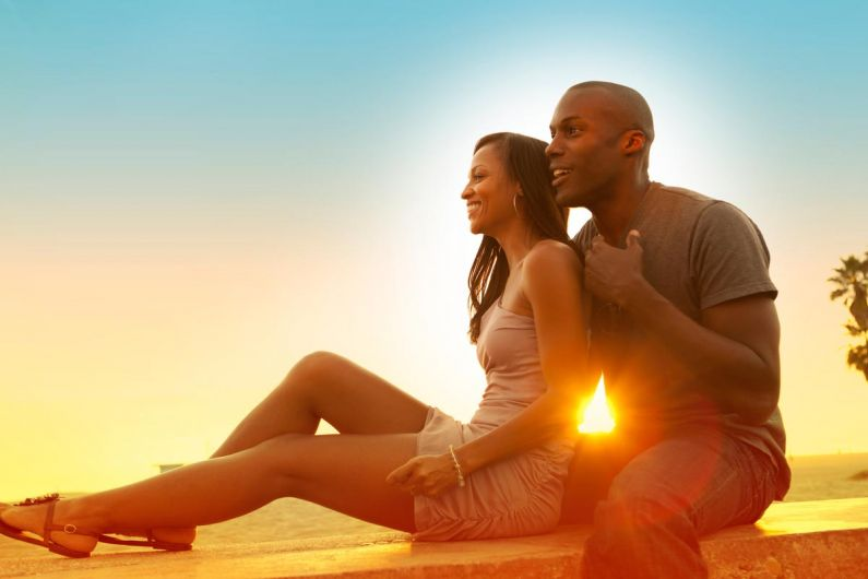loving_black_couple-795x530