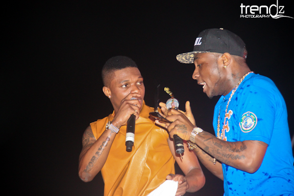 Wizkid and Davido now best of friends, planning to collab on a new song-theinfong.com