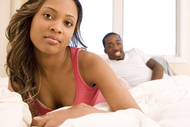 signs your girlfriend is cheating on you-795x529