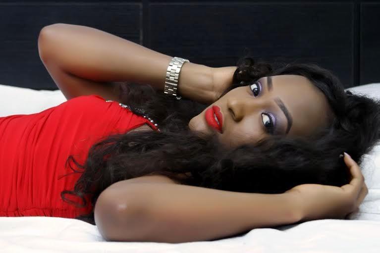 GIRL-WOMAN-LOVE-NIGERIAN