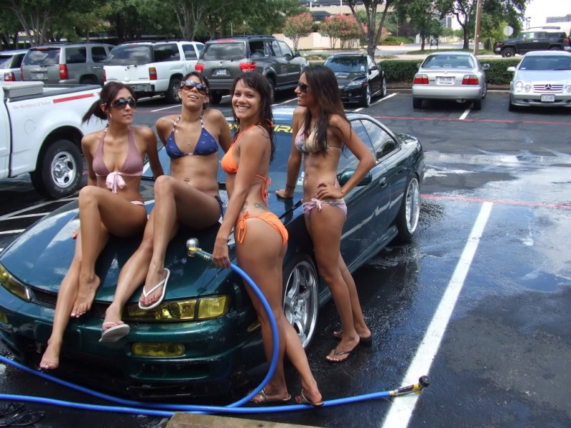 washing car stripping bikinis jpg 1500x1000
