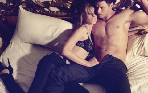 Hot_CoupleS_-_1024x768_-_Wallpapers_-_aman15-29.jpg_a_11-700x357