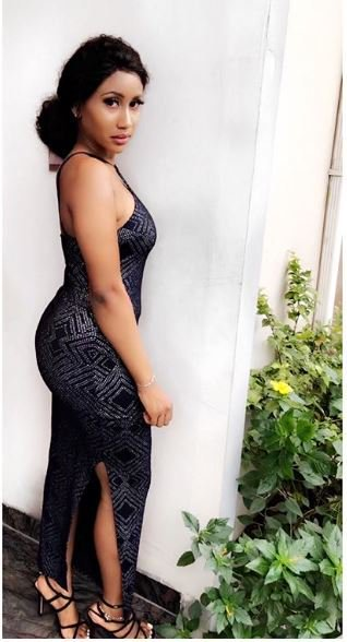 Meet singer Waje's amazingly beautiful and hot 19-year-old daughter who looks like Nicki Minaj