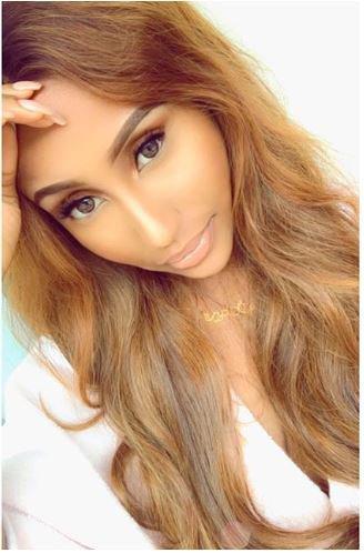 Meet singer Waje's amazingly beautiful and hot 19-year-old daughter who looks like Nicki Minaj