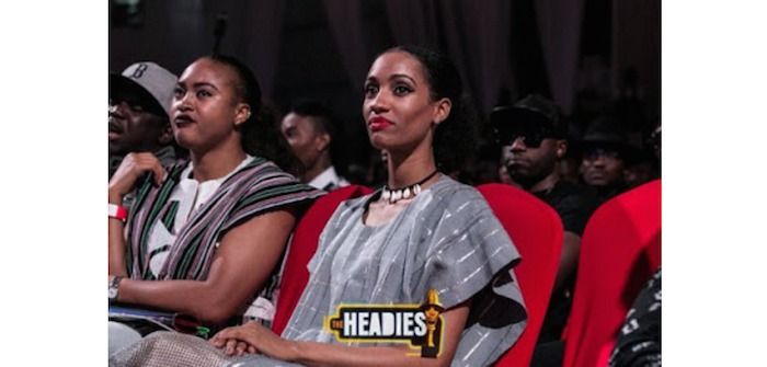 This pic of Mavins artiste, Dija at Headies awards is what everyone is talking about - See why.. theinfong.com 700x335