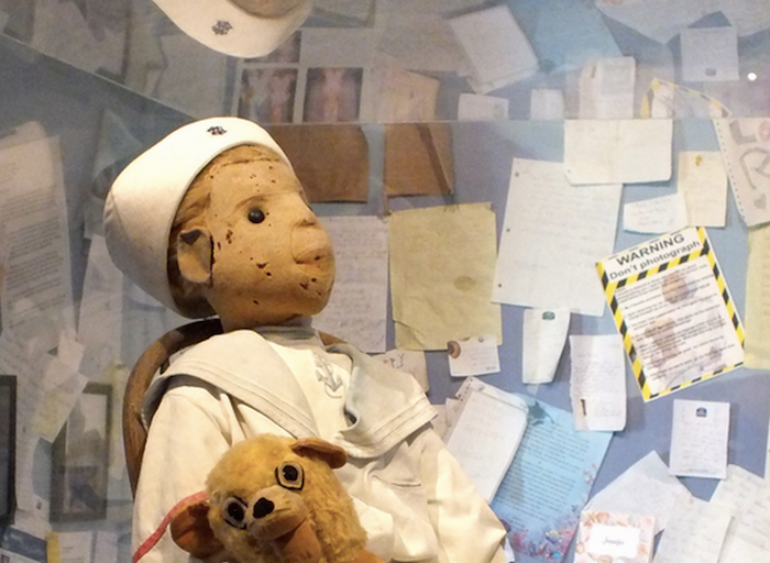7 famously haunted dolls that ruin lives (+Pics)