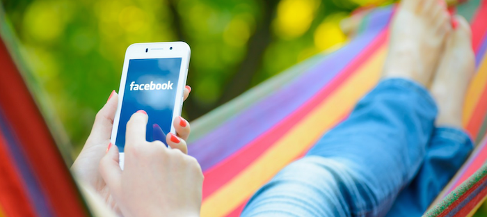 Top 10 surprising facts about Facebook 700x312 theinfong.com