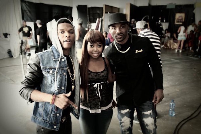 iyanya and wizkid theinfong.com 700x467