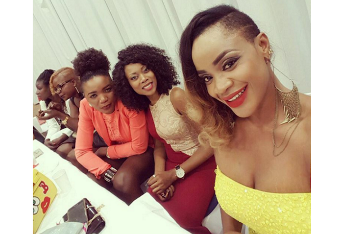 uche-ogbodo-shows-off-her-stretch-mark-in-germany-theinfong-com-700x478