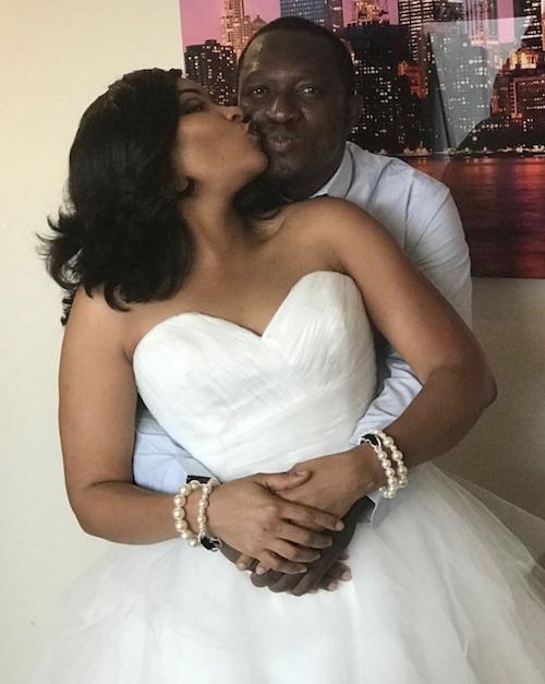 Doris Simeon kisses Taiwo Oduala theinfong