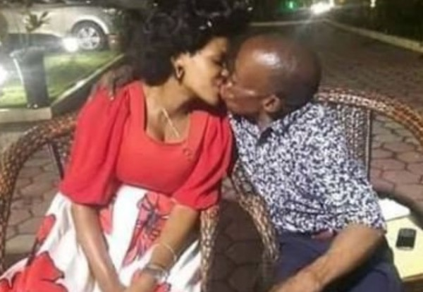 Bride who was unhappy during her wedding, kisses husband
