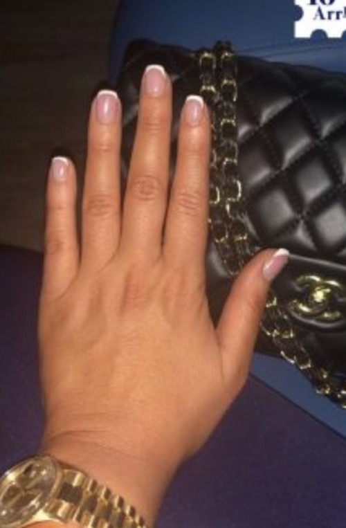 Sonia Morales finger without wedding ring