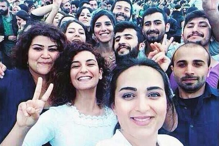 See a selfie taken by youth volunteers before the bomb went off in Suruc, Turkey theinfong.com 700x469