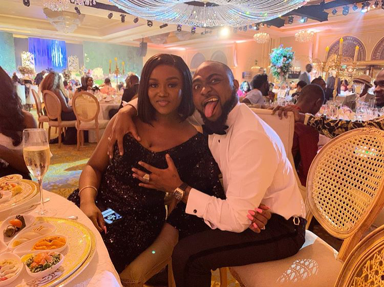 Nigerians blast Etinosa Idemudia after she commented on David and Chioma's photo - See what she said