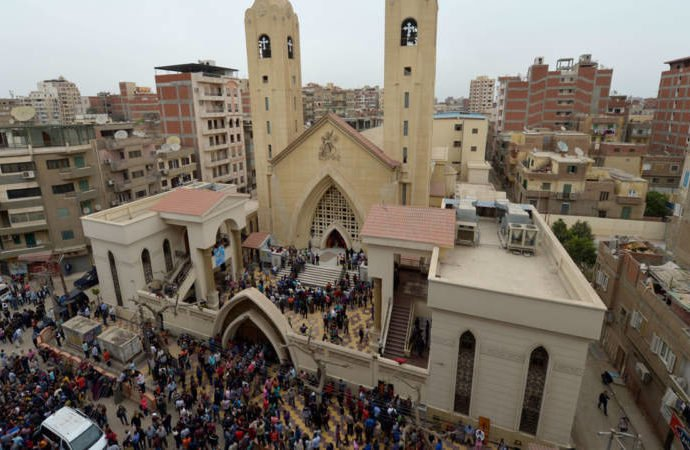 After Palm Sunday bombing, Egypt Church marks solemn Good Friday