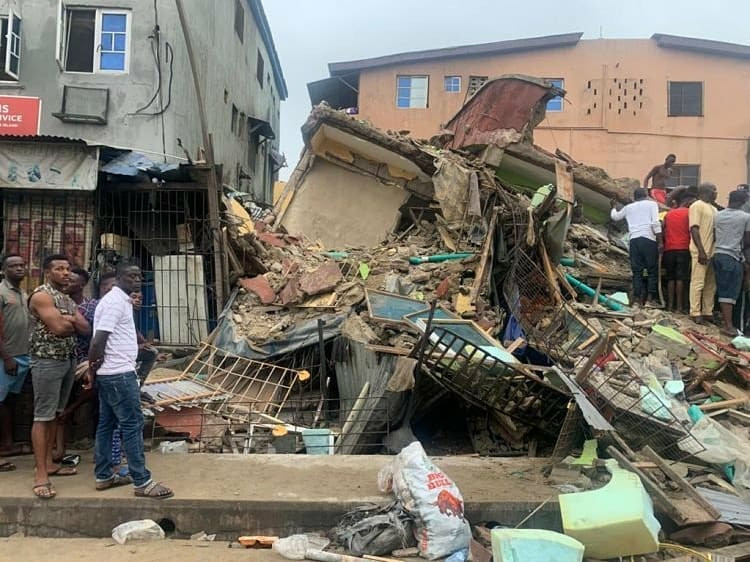 collapsed-three-story-building
