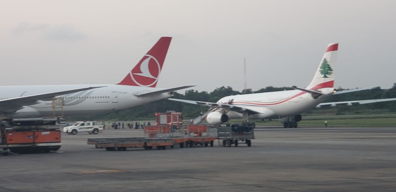 airplanes collide in lagos airport