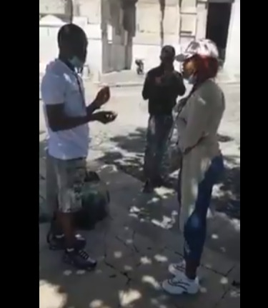 lady-boyfriend-marriage-proposal