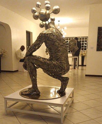 akorede-collins-sculpture