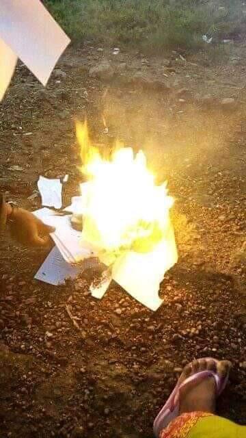 graduate-burns-certificate