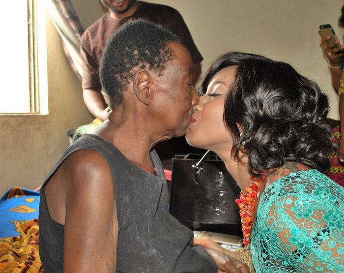 Beautiful photos of Tonto Dikeh's marriage introduction & yes she's pregnant! 700x555 theinfong.com