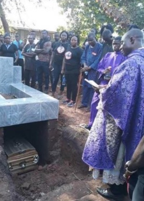 Ochanya laid to rest