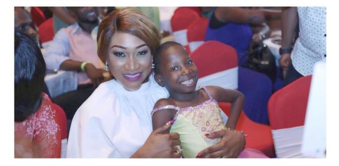 5 yr old comic actress Emmanuella poses with Oge Okoye & Rukky Sanda
