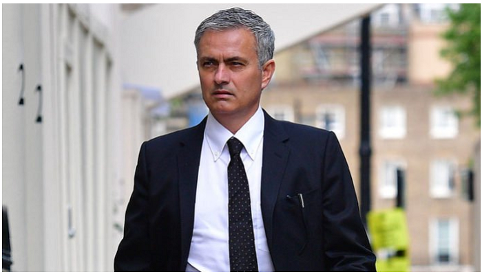 Players that had serious issues with Jose Mourinho
