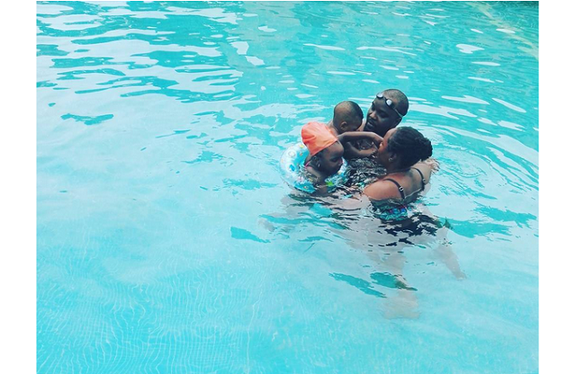Omawumi her hubby & kids enjoy wonderful time together in the pool