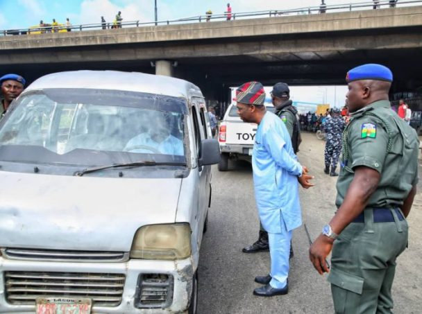 Lagos-Deputy-Gov.-Hamzat-arrests-drivers-for-one-way-drive