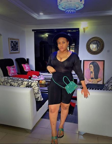Actress Nkechi Blessing fluants the interior design of her sitting room and dinning room (PHOTOS)
