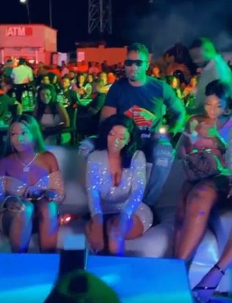 Mercy twerks for Ike dance on stage at her Homecoming party in Owerri (Video)