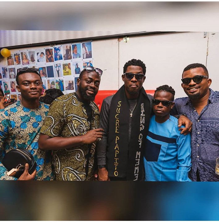 OAU Students gift Seyi Awolowo Television set, shoes, portrait, cake during his University Tour (Photos)