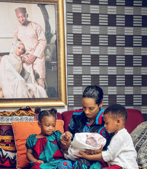 Nigerian singer Di'Ja recounts her labour room experience as she welcomes her third child (Photo)Nigerian singer Di'Ja recounts her labour room experience as she welcomes her third child (Photo)