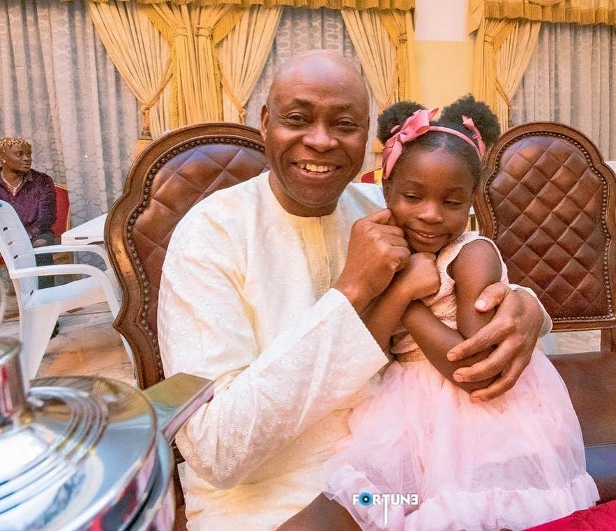 Lovely photos from the Adeleke's end of the year lunch at Davido's father's mansion