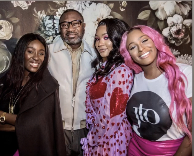 Well, even the best dads have their saturation points, the billionaire dad could be seen looking exhausted in a photo with his two eldest daughters Tolani Otedola and Florence Otedola. Turns out that papa couldn't match up to the energy of his ecstatic girls whom he asked to be sedated.