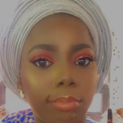 Drama as Twitter food vendor allegedly slept with her client's husband