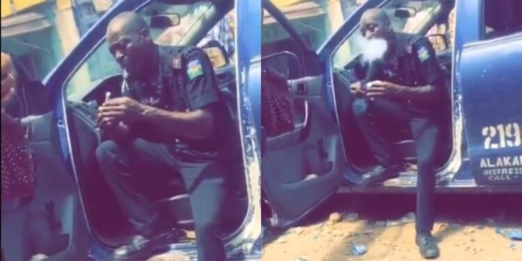 Police Officer spotted smoking Indian Hemp vehemently while on duty (Video)