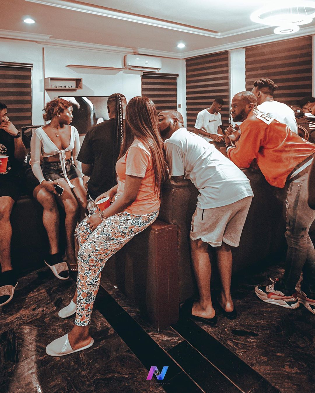 Davido & 31 others did not test +ve to COVID-19, Chioma still showing no symptoms after day 5 - Someone is chasing clout here!