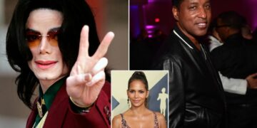 Michael Jackson recruited Babyface to set him up on a dinner date with Halle Berry