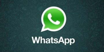 Breaking: WhatsApp has stopped working globally