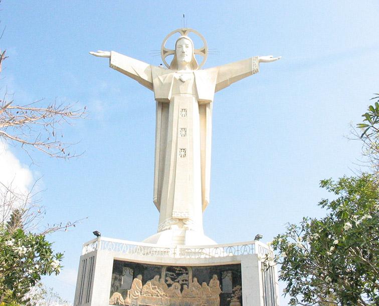 Christ-of-Vung-Tau-Vietnam