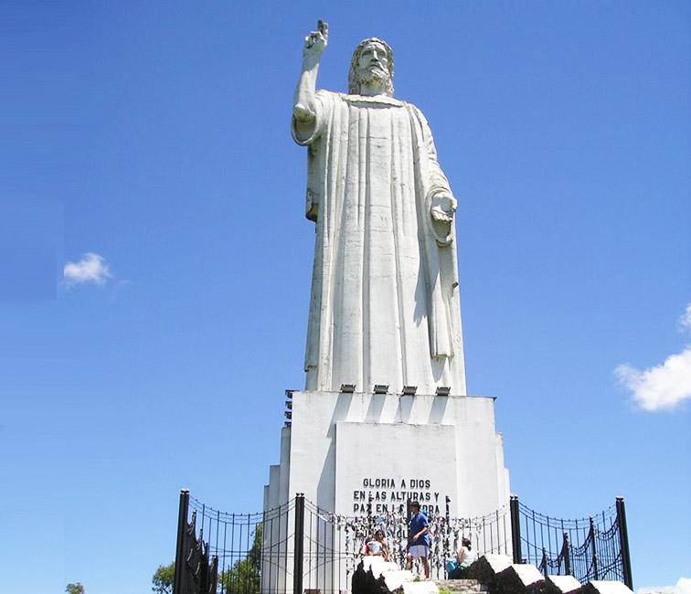 Cristo-Benedicente-Christ-Blessing-Argentina